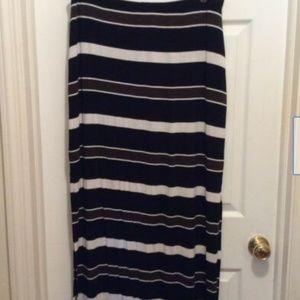 White House Black Market Skirts - White House Black Market Skirt XL Black Brown